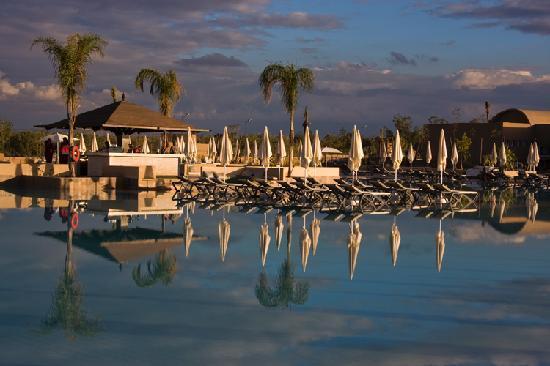ClubHotel Riu Tikida Palmeraie: Huge Pool