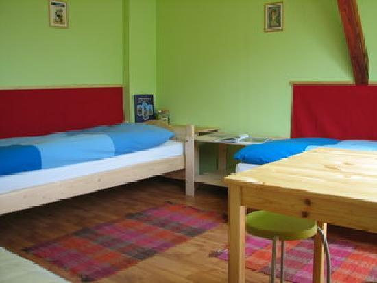 7x24 Central Hostel: Room2