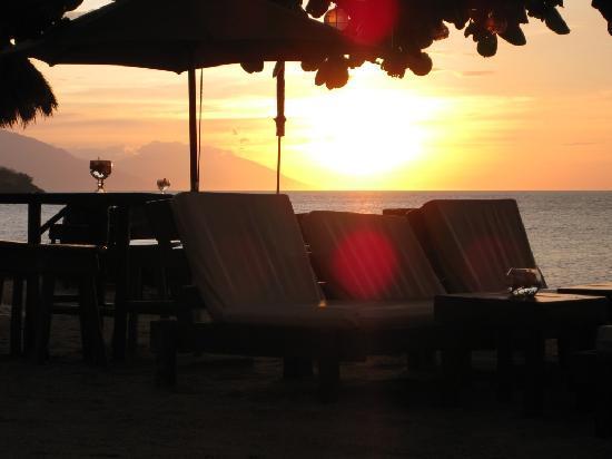 Sunset at Aninuan Beach Resort: sunset 2