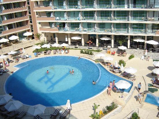 Elenite, Bulgaria: the pool