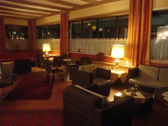 Lieblingsplatz, mein Tirolerhof: Lounge & free internet spot
