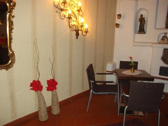 Lieblingsplatz, mein Tirolerhof: Lounge...nice details that made it so cozy