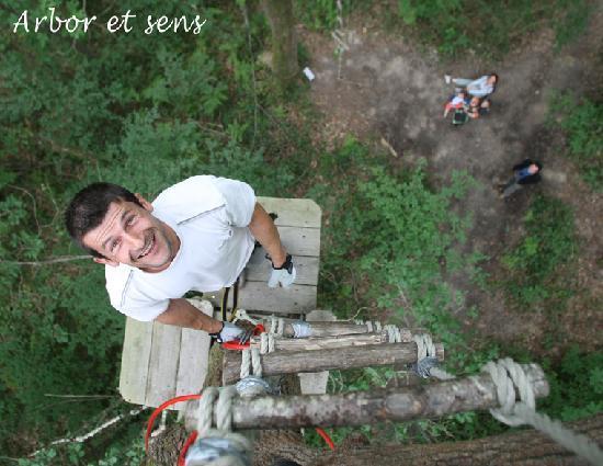 Saint-Genes-de-Lombaud, France : Le parcours extrême pour relever des défis !