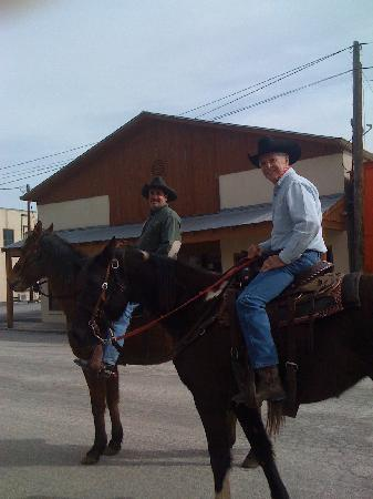 Stony Ridge Ranch: Cruisin in Bandera