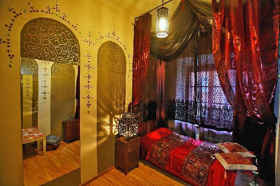 single room persian room picture of castle inn warsaw tripadvisor