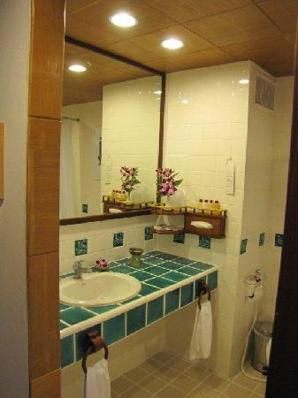 The Boathouse Phuket: Bathroom