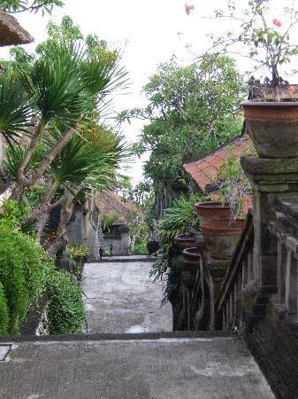 Four Seasons Resort Bali at Jimbaran Bay: Hotel Grounds