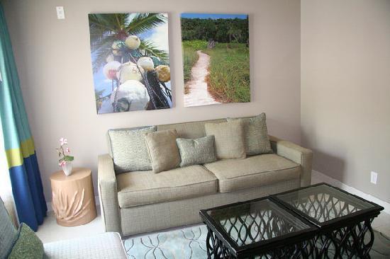 Orchid Key Inn: Sitting Room