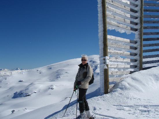 Tiritiri Lodge: steph skiing at Cardrona