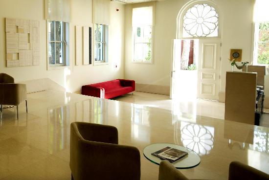 Ajia Hotel: Lobby