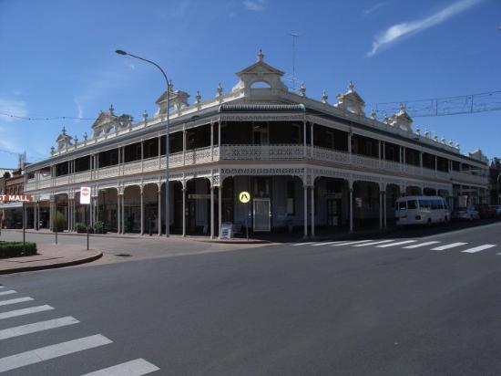 Armidale Australia  City new picture : fine drinking establishment Armidale, NSW, Australia