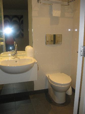 Oaks Club Resort: bathroom