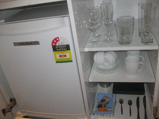 Oaks Club Resort: refrigerator and such