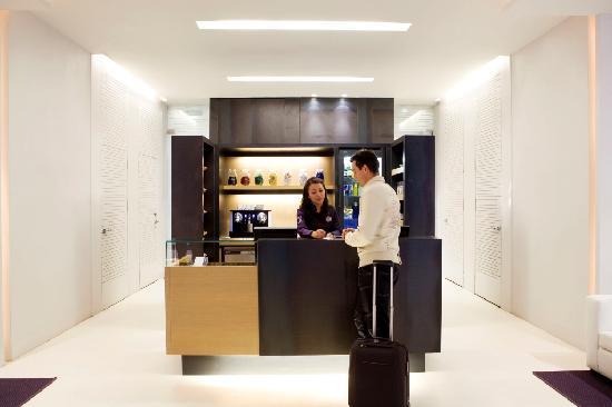 Hotel Denit Barcelona: Hotel Denit Barcelona - Hall
