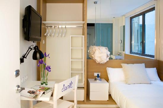 Hotel Denit Barcelona - Economy Room