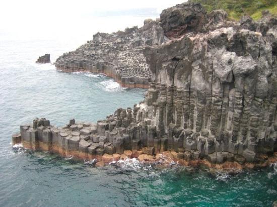 Jeju, South Korea: Jungmun Daepo Coast Jusangjeolli Cliff