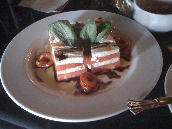 Giumarello's: Tomato Basil Mozzerella