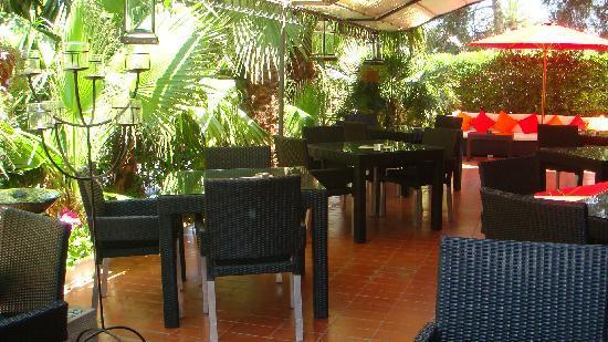 Hotel Los Globos: terrace los globos sitges