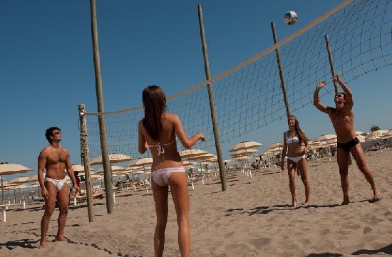 Sabbia e Sale Feeling Beach: Sport sulla spiaggia