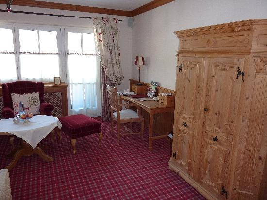 Hotel Alpin Spa Tuxerhof: Wohnbereich
