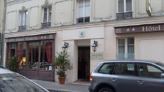 Hôtel Médéric : entrance