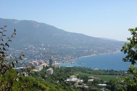 Crimea: Approaching Yalta from Sevastopol