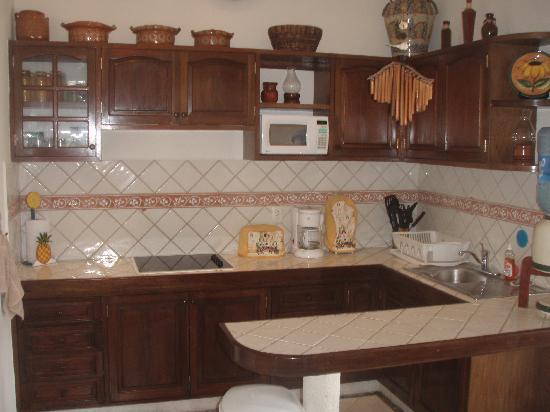 Villa las Brisas: Kitchen