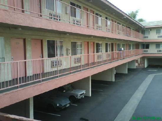 Huntington Park Travel Inn: View from outside Room 209 #3