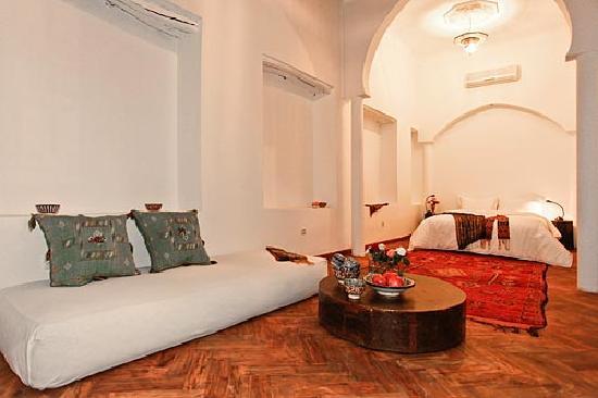 Riad Almoulouk: Eine Suite mit Morgensonne!