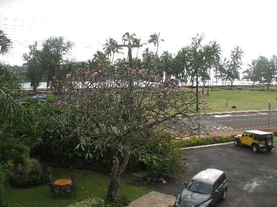 Garden Island Inn Hotel: View from room18