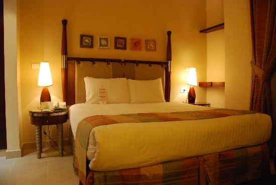 Retaj Hotel : Our double bed