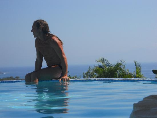 Agua Vista: Infinity Pool