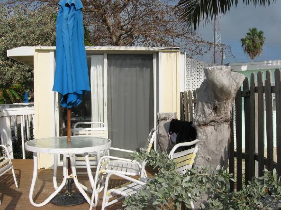 Bonefish Resort: outside