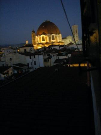 Hotel BellaVista : the view out my window of the duomo at night