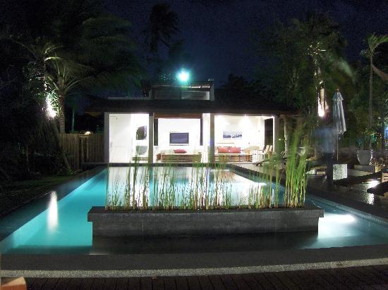 Zara Beach Resort: night shot of the main pool