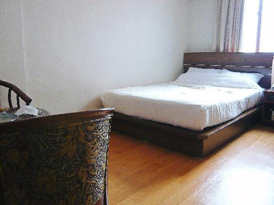 Dongshin Hotel: 部屋1