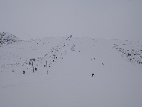 Hotel Banderitsa: Blue run at the top of the mountain