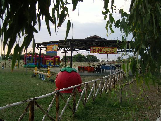 Acacia Resort Parco dei Leoni : Area miniclub esterno