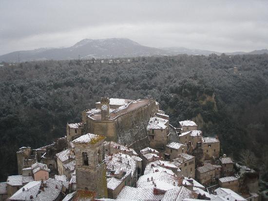 Sorano, Italy: panorama