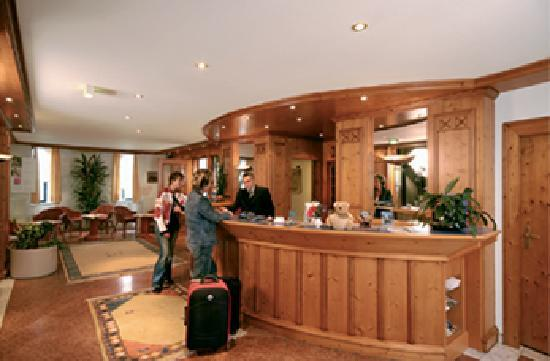 Lechpark Hotel: Empfang