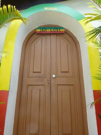 Chukka Caribbean Adventures: The entrance to Bob's Mausoleum