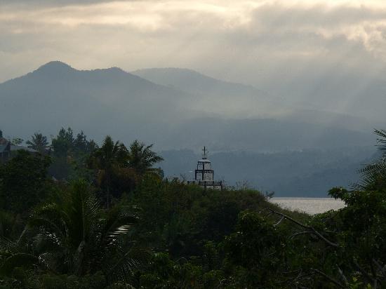 Horas Family Home: sunset at Tuk Tuk, Lake Toba