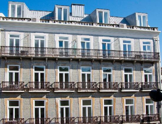 fa ade bild fr n portugal ways conde barao apartments lissabon tripadvisor. Black Bedroom Furniture Sets. Home Design Ideas
