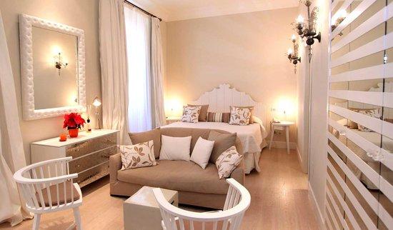 El Jebel Hotel: Classical style Junior Suite