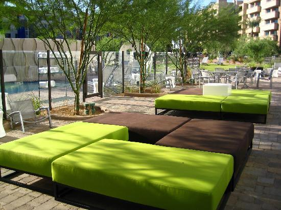 Aloft Tempe: Swimming Pool area