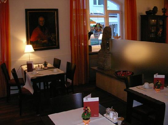 Alpen Hotel Munchen : breakfast room