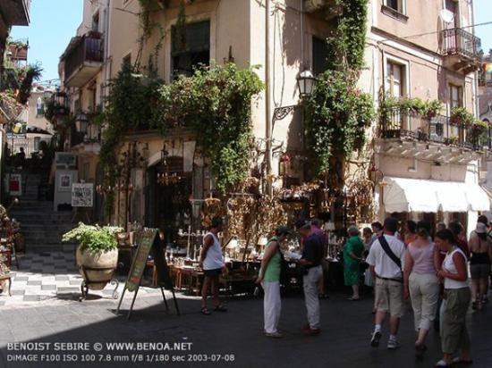 Bar San Giorgio: La Piazza