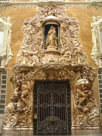 Valencia, Spania: Portada del Palacio del Marques de Dos Aguas