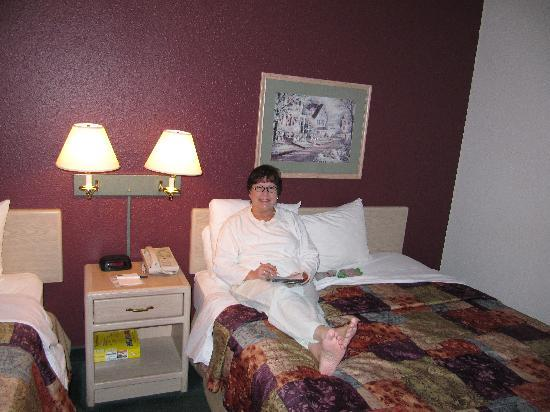 AmericInn Lodge & Suites Osceola: Time to relax