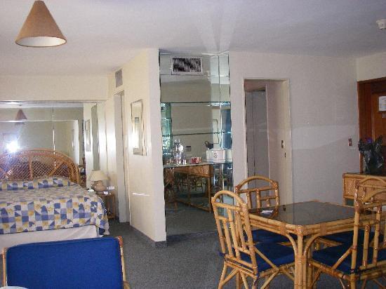 Altamira Suites room 6A